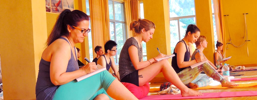 Yoga college in rishikesh